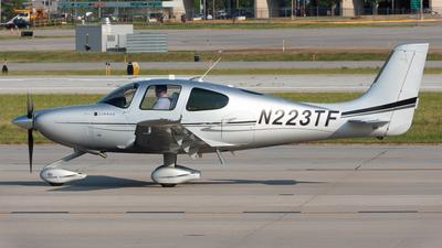 N223TF - Cirrus SR22-GTS G3 - Private