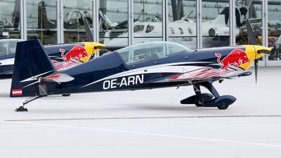 OE-ARN - Extra 330LX - Red Bull Racing Team