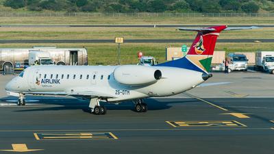 ZS-OTM - Embraer ERJ-135ER - South African Airlink