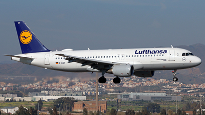 A picture of DAIZF - Airbus A320214 - Lufthansa - © Peter Kesternich