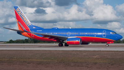 N269WN - Boeing 737-7H4 - Southwest Airlines