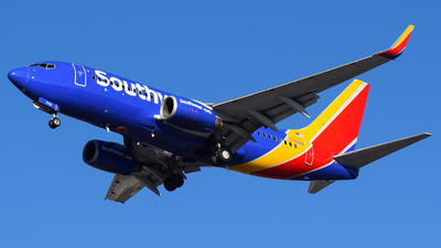 A picture of N7878A - Boeing 7377K9 - Southwest Airlines - © Evan Dougherty