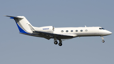 N986SP - Gulfstream G450 - Private