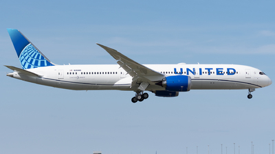 A picture of N29985 - Boeing 7879 Dreamliner - United Airlines - © bill wang