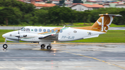 PP-BJR - Beechcraft B300 King Air 350i - Private