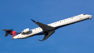 A picture of N908XJ - Mitsubishi CRJ900LR - Delta Air Lines - © Stephen J Stein
