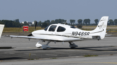 A picture of N948SR - Cirrus SR22 - [2036] - © bruno muthelet