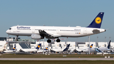 A picture of DAIRB - Airbus A321131 - Lufthansa - © Moritz Babl