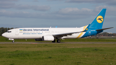 UR-PSD - Boeing 737-8HX - Ukraine International Airlines