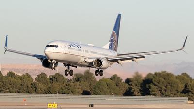 A picture of N17229 - Boeing 737824 - United Airlines - © Felipe García