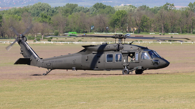 7447 - Sikorsky UH-60M Blackhawk - Slovakia - Air Force