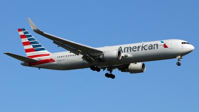N398AN - Boeing 767-323(ER) - American Airlines