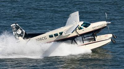 N16CG - Cessna 208 Caravan - Commuter Duck