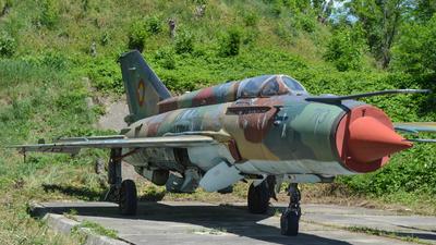 713 - Mikoyan-Gurevich MiG-21M Lancer A - Romania - Air Force