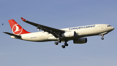 A picture of TCJCI - Airbus A330243F - Turkish Airlines - © Seres23