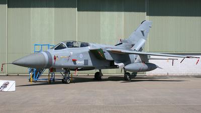 ZD902 - Panavia Tornado F.2A - United Kingdom - Royal Air Force (RAF)