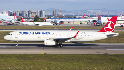 TC-JSM - Airbus A321-231 - Turkish Airlines