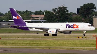 A picture of N955FD - Boeing 757236(SF) - FedEx - © Jeremy D. Dando