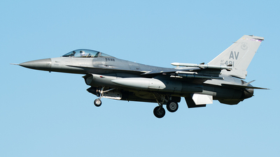 88-0491 - General Dynamics F-16CG Fighting Falcon - United States - US Air Force (USAF)