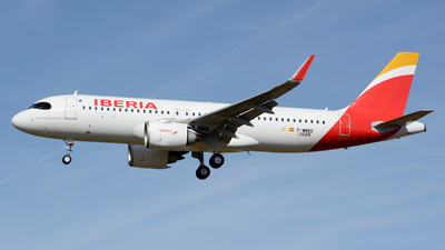 A picture of FWWBO - Airbus A320 - Airbus - © Romain Salerno / Aeronantes Spotters