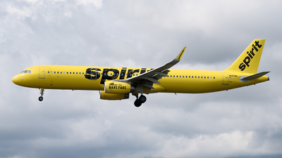 A picture of N665NK - Airbus A321231 - Spirit Airlines - © Cristian Quijano