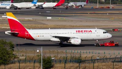 EC-IZR - Airbus A320-211 - Iberia