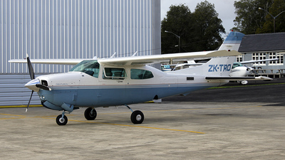 ZK-TRO - Cessna T210R Turbo Centurion II - Private