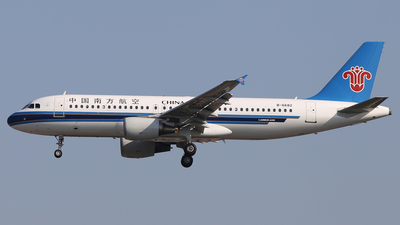 B-6682 - Airbus A320-214 - China Southern Airlines