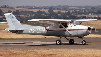 ZS-IFM - Cessna 150L - Alpi Flight Academy