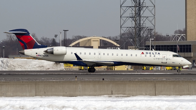 N762SK - Bombardier CRJ-701 - Delta Connection (SkyWest Airlines)
