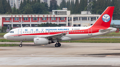 B-6442 - Airbus A319-133 - Sichuan Airlines