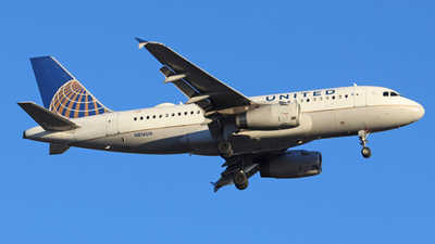 A picture of N816UA - Airbus A319131 - United Airlines - © Scotty Antico