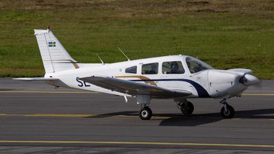 SE-KHU - Piper PA-28-181 Archer II - Tekniska Högskolans Flygklubb