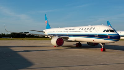 D-AZAA - Airbus A321-253NX - China Southern Airlines
