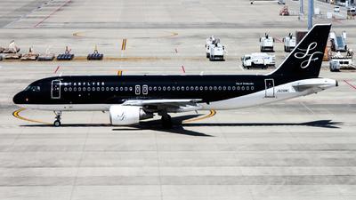 JA08MC - Airbus A320-214 - Starflyer