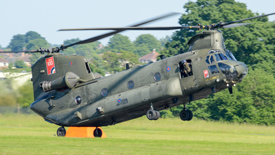 ZD983 - Boeing Chinook HC.6 - United Kingdom - Royal Air Force (RAF)