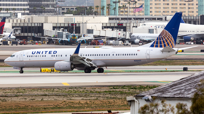 N38451 - Boeing 737-924ER - United Airlines