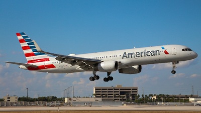 N193AN - Boeing 757-223 - American Airlines