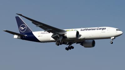D-ALFI - Boeing 777-FBT - Lufthansa Cargo