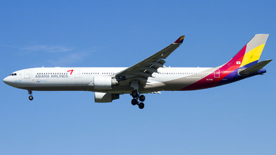 HL7746 - Airbus A330-323 - Asiana Airlines