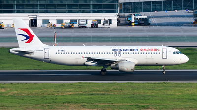 B-2412 - Airbus A320-214 - China Eastern Airlines