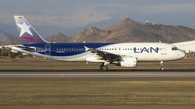CC-BFD - Airbus A320-214 - LAN Airlines