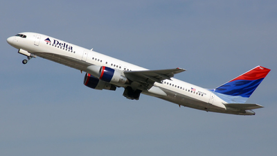 N661DN - Boeing 757-232 - Delta Air Lines