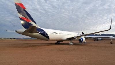CC-CML - Boeing 767-3Q8(ER) - LATAM Airlines