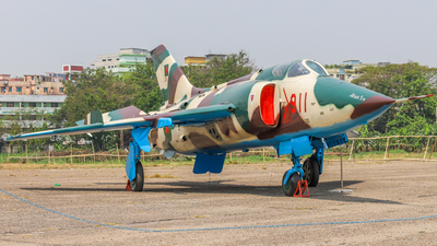 911 - Nanchang A-5 Fantan - Bangladesh - Air Force