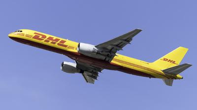 D-ALEN - Boeing 757-2Q8(SF) - DHL (European Air Transport)