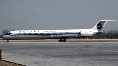 B-2143 - McDonnell Douglas MD-82 - China Northern Airlines