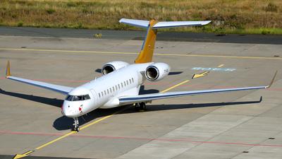 T7-AAA - Bombardier BD-700-1A10 Global Express XRS - Elitavia