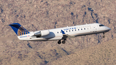 A picture of N854AS - Mitsubishi CRJ200LR - United Airlines - © Scott Merriman