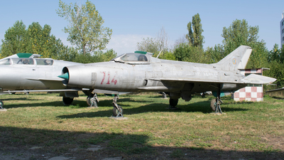 714 - Mikoyan-Gurevich MiG-21F-13 Fishbed C - Romania - Air Force